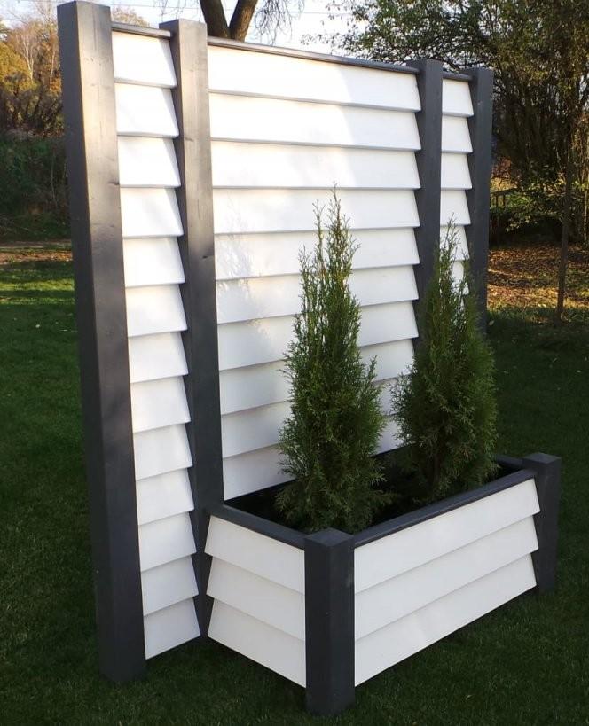 Mobiler Sichtschutz Mit Pflanzkasten – Designobjekt Garten Von von Garten Sichtschutz Mit Blumenkasten Photo