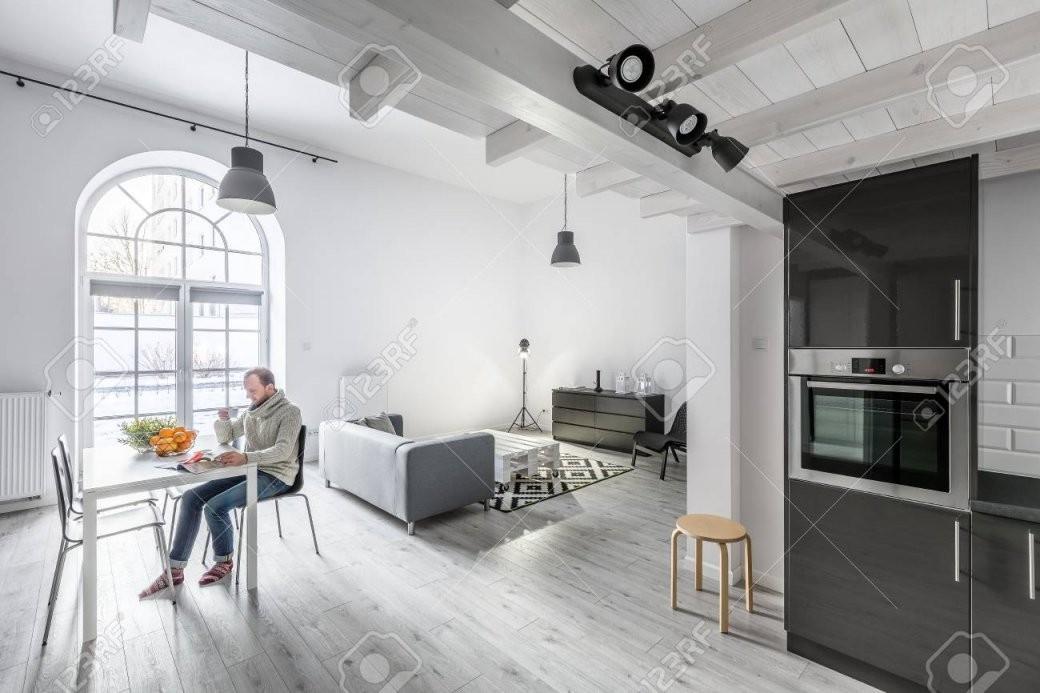 Moderne Offene Wohnung Mit Küche Wohnzimmer Und Essbereich von Modernes Wohnzimmer Mit Essbereich Photo