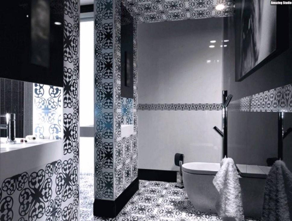 Mosaikfliesen Bad Grau Mit Mosaik Fliesen Badezimmer Wei Schwarz von Bad Grau Weiß Gefliest Photo