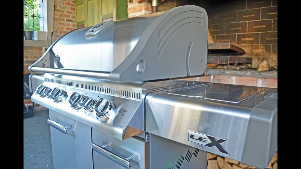 Napoleon Lex 605 Assembly  Amazing Gas Grill Customgrills von Napoleon Lex 605 Test Bild