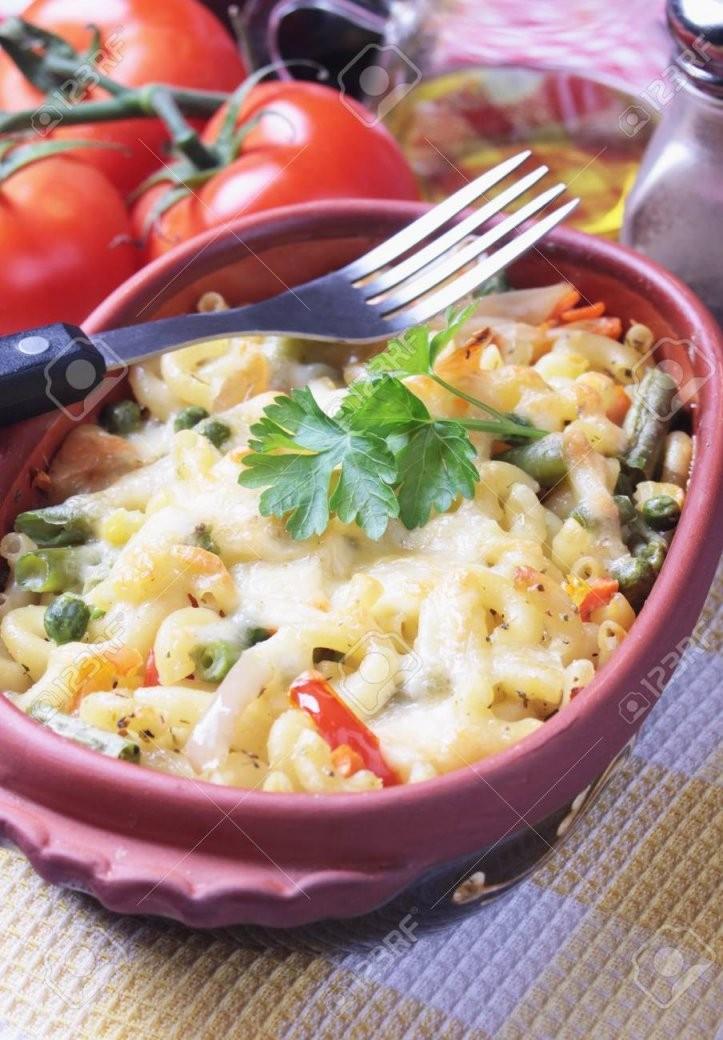 Ofen Gebackene Nudeln Mit Gemüse Traditionelle Italienische Rezepte von Italienische Kochrezepte Mit Bildern Photo