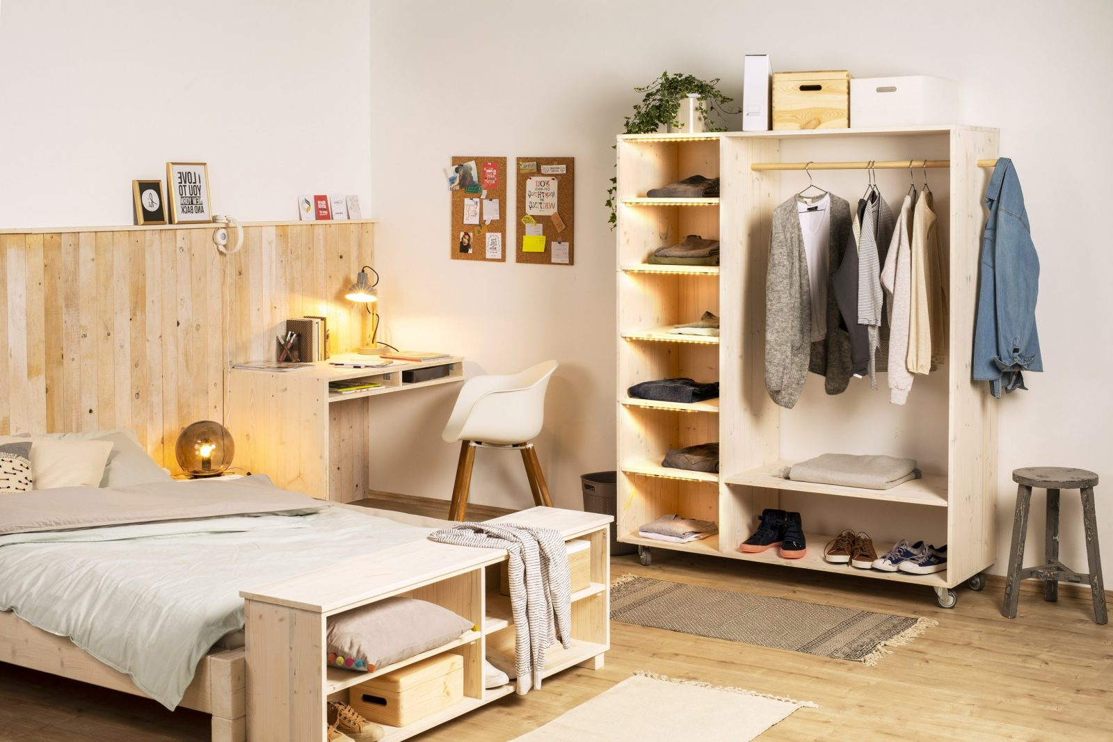Offenen Schrank Selber Bauen – Tipps Zur Planung  Obi von Begehbarer Kleiderschrank Selber Bauen Kosten Bild