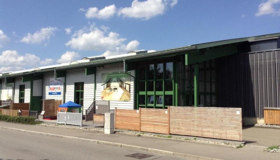 Öffnungszeiten Holz Braun Reutlingen Am Südbahnhof 20 von Holz Braun Reutlingen Öffnungszeiten Bild