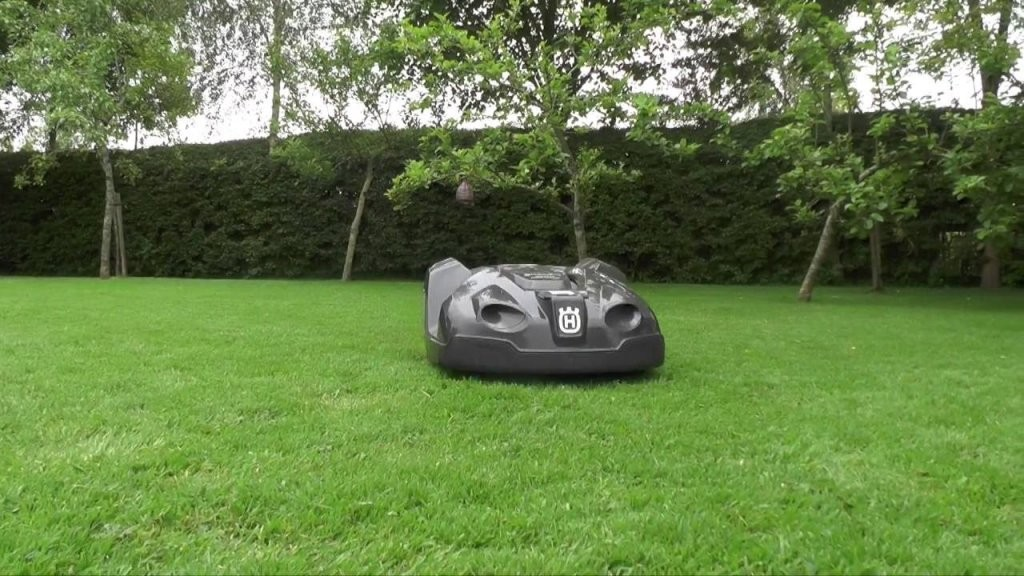 One Month Husqvarna Automower 430X Review  Youtube von Husqvarna Automower 430X Test Bild