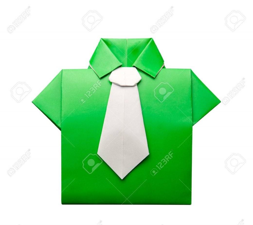 Origami Hemd Mit Krawatte Auf Weißem Hintergrund Lizenzfreie Fotos von Origami Hemd Mit Krawatte Photo