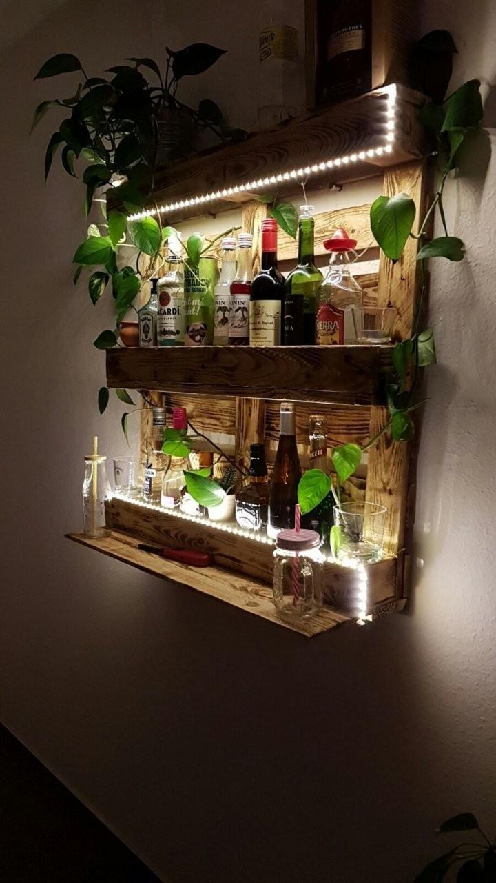 Palettenregal Bar Aus Paletten Mit Led Beleuchtung Holz Diy von Bar Schrank Selber Bauen Photo