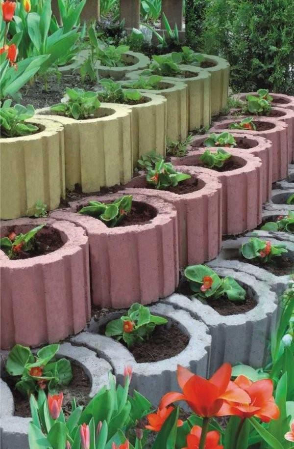 Pflanzringe Gestalten Anordnen Und Bepflanzen  Ideen Rund Ums Haus von Garten Gestalten Mit Pflanzsteinen Photo