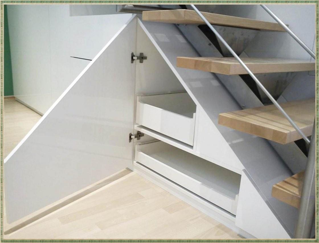 Pin Von Ania Dziakowicz Auf Dom In 2019  Stairs Furniture Und Shelves von Schrank Unter Treppe Selber Bauen Bild