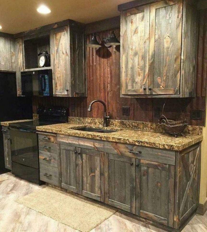 Pin Von Emily Veres Auf Einrichtung  Farmhouse Kitchen Cabinets von Rustikale Küche Selber Bauen Bild