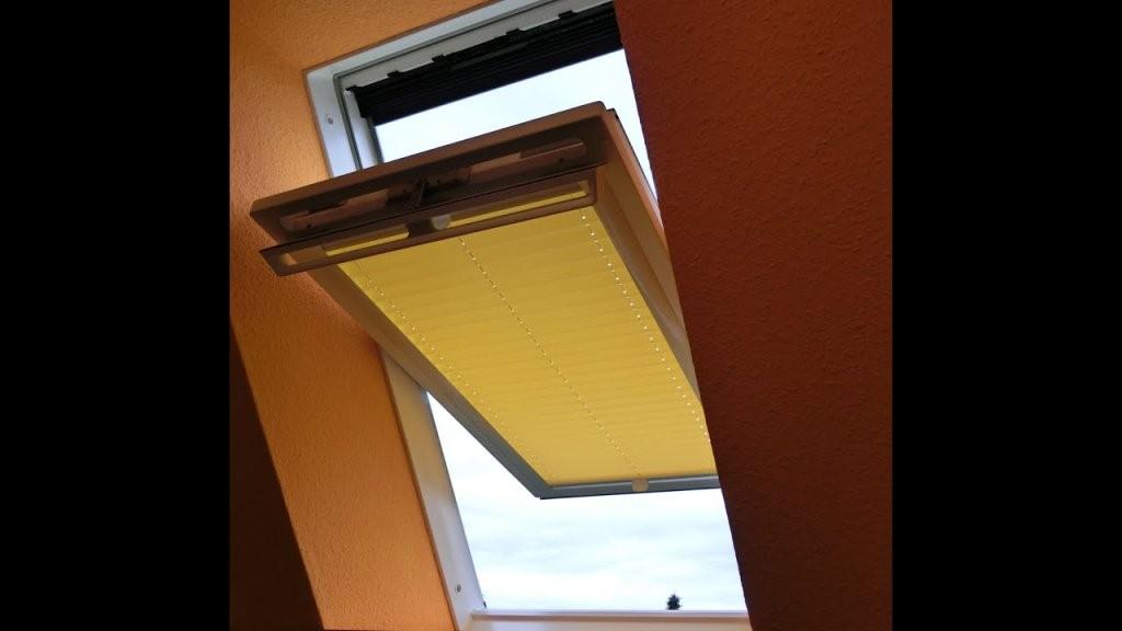 """Plissee Sonnenschutz Ohne Bohren """"live"""" Vermessung + Montage  Youtube von Roto Dachfenster Plissee Ohne Bohren Photo"""