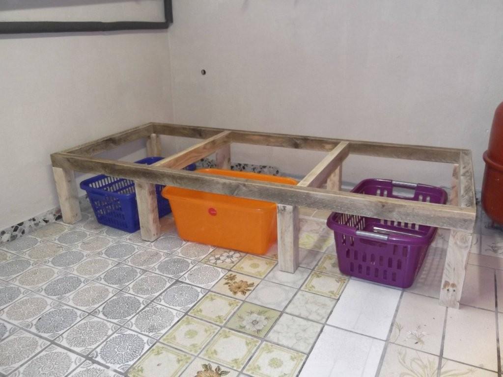 Podest Für Waschmaschinen  Bauanleitung Zum Selberbauen  12Do von Waschmaschinen Podest Selber Bauen Holz Bild