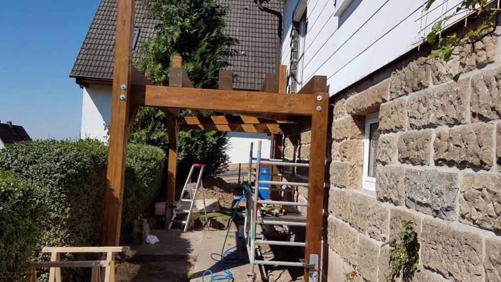 Projekt Anstellbalkon In Holzbauweise  Balkon Holz Bausatz  Youtube von Anbaubalkon Holz Selber Bauen Photo