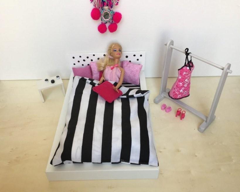 Puppenbett Ikea Hack Ein Barbie Traum  Limmaland Blog von Barbie Bett Selber Bauen Photo