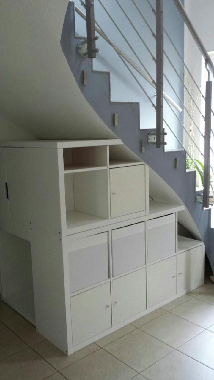 Regal Kallax Unter Der Treppe Als Abdeckung Haben Wir Eine von Regale Unter Der Treppe Bild