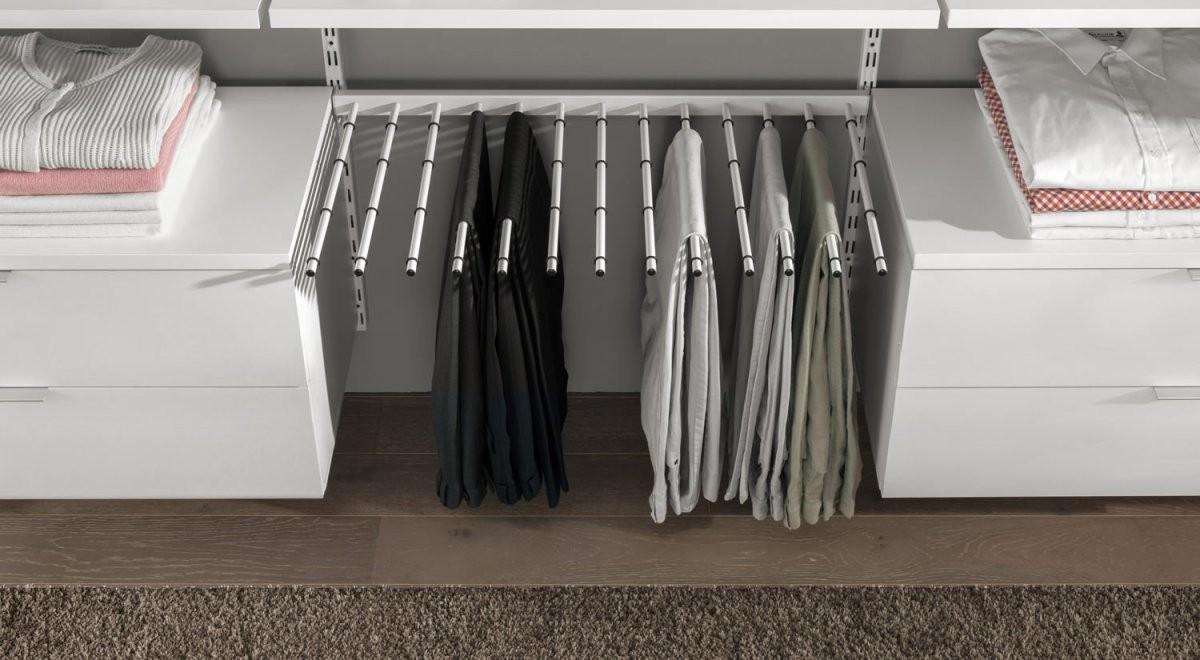 Regalsystem Kleiderschrank  Kleiderschranksystem  Regalraum von Kleiderschrank Inneneinrichtung Selber Bauen Bild