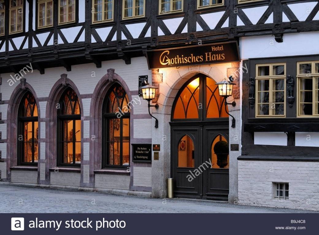 Romantic Hotel Gothisches Haus Historic Halftimbered House Stock von Hotel Gothisches Haus Wernigerode Photo
