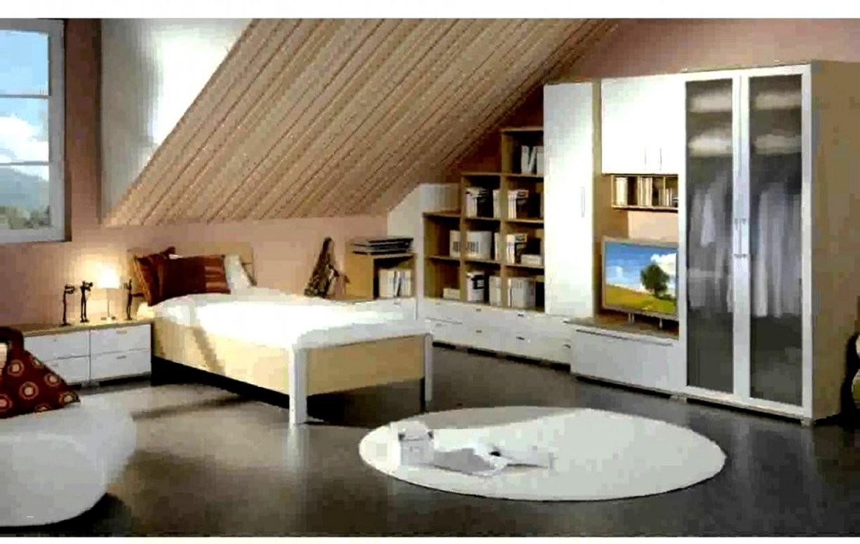 Sammlung Von Tapete Schlafzimmer Schrage Fototapete Mit Schräge Für von Fototapete Für Schräge Wände Photo