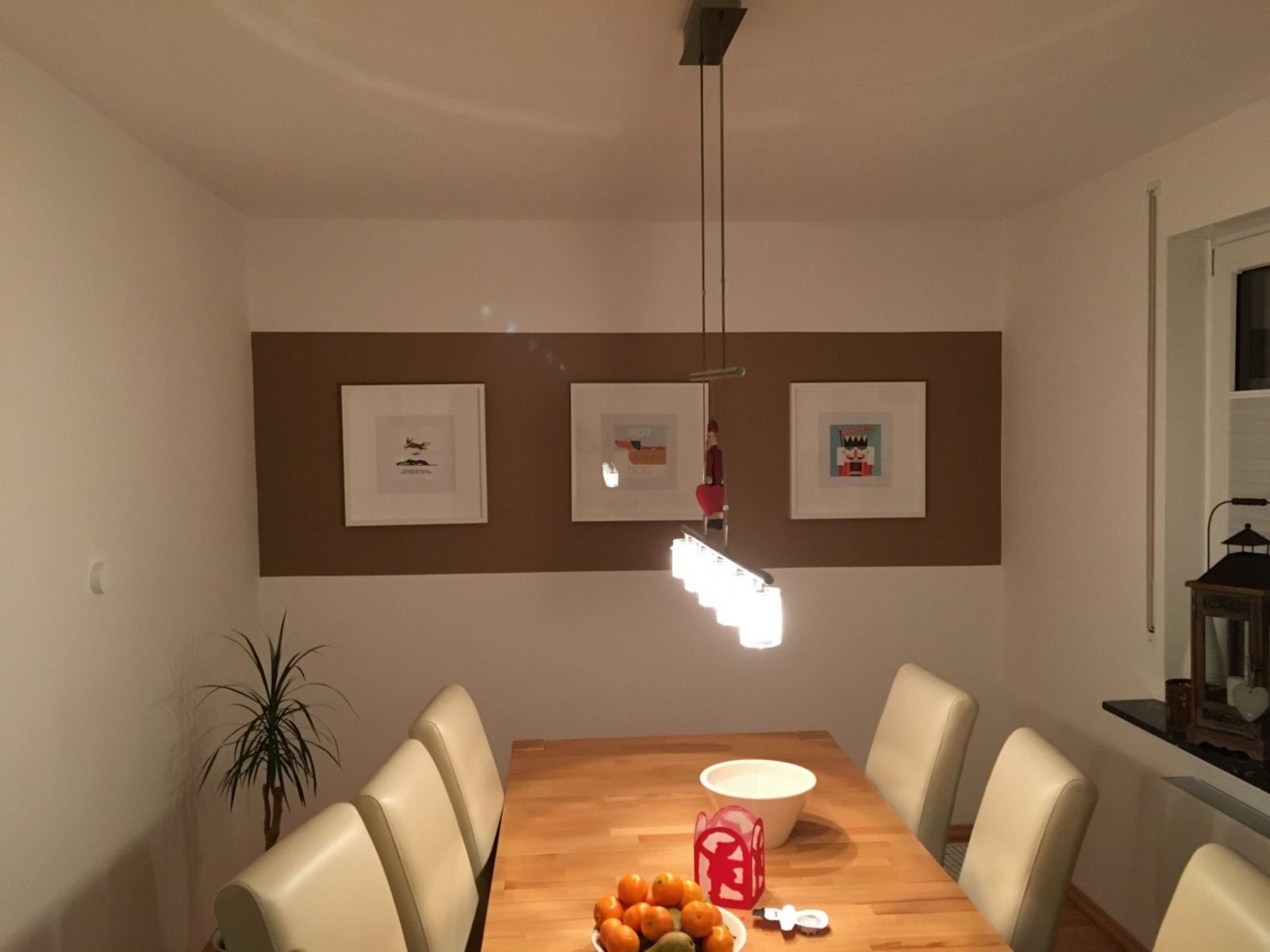 Saubere Kanten Bei Zweifarbiger Wand Streichen  So Geht Es von Wände Streichen Ohne Tapete Photo