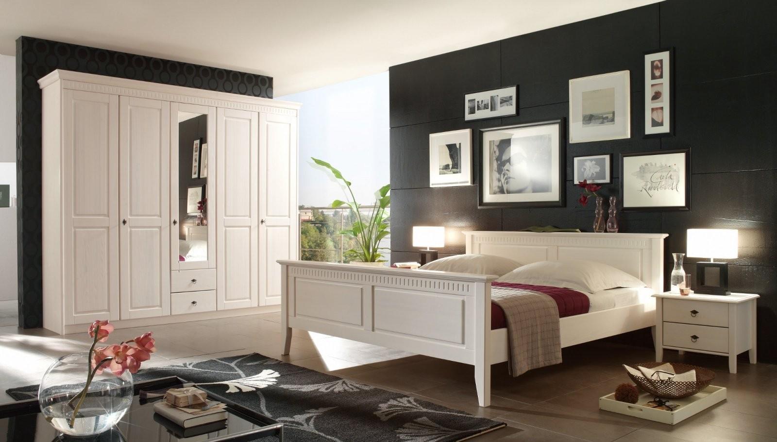 Schlafzimmer Kiefer Massiv Weiß Im Landhausstil Bolzano von Schlafzimmer Im Landhausstil Weiß Photo