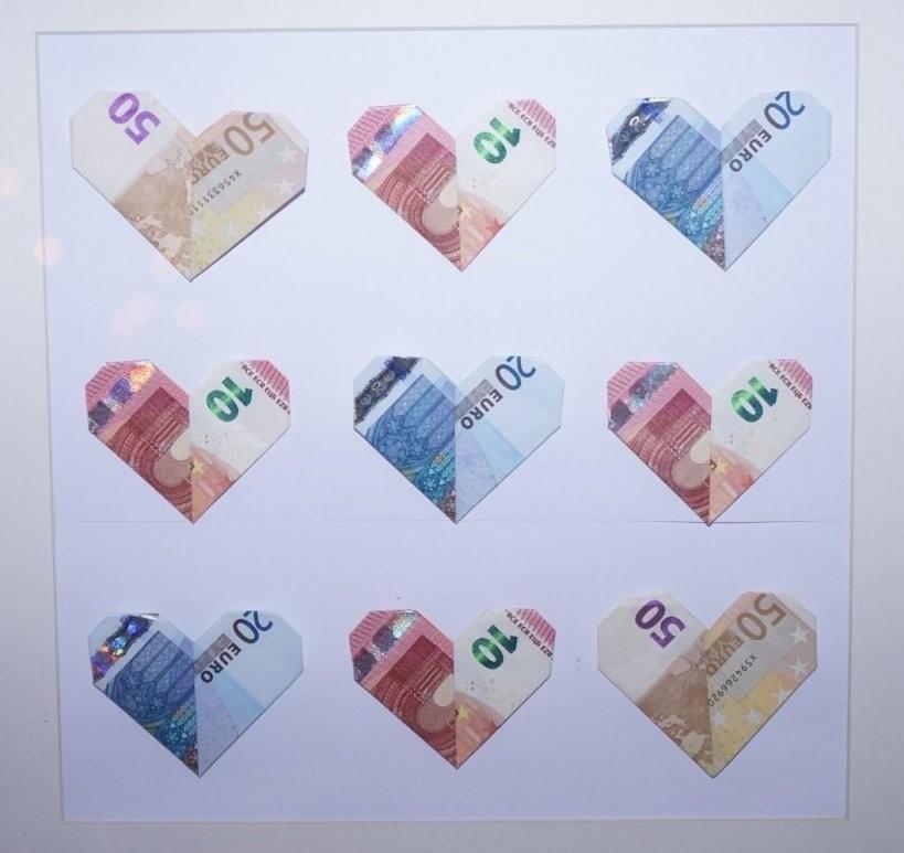 Schöner Schenken Und Geldscheine Falten Das Herz  Heiraten  Hochzeit von Geldschein Als Herz Falten Bild
