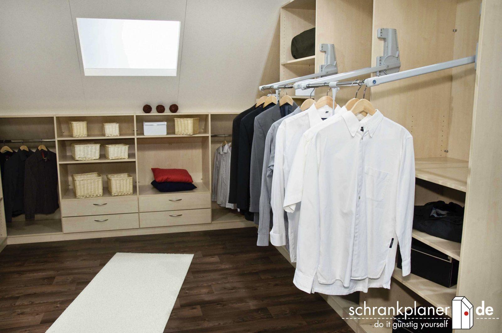 Schrank Selber Bauen Dachschräge Begehbarer Kleiderschrank von Kleiderschrank Selber Bauen Dachschräge Photo