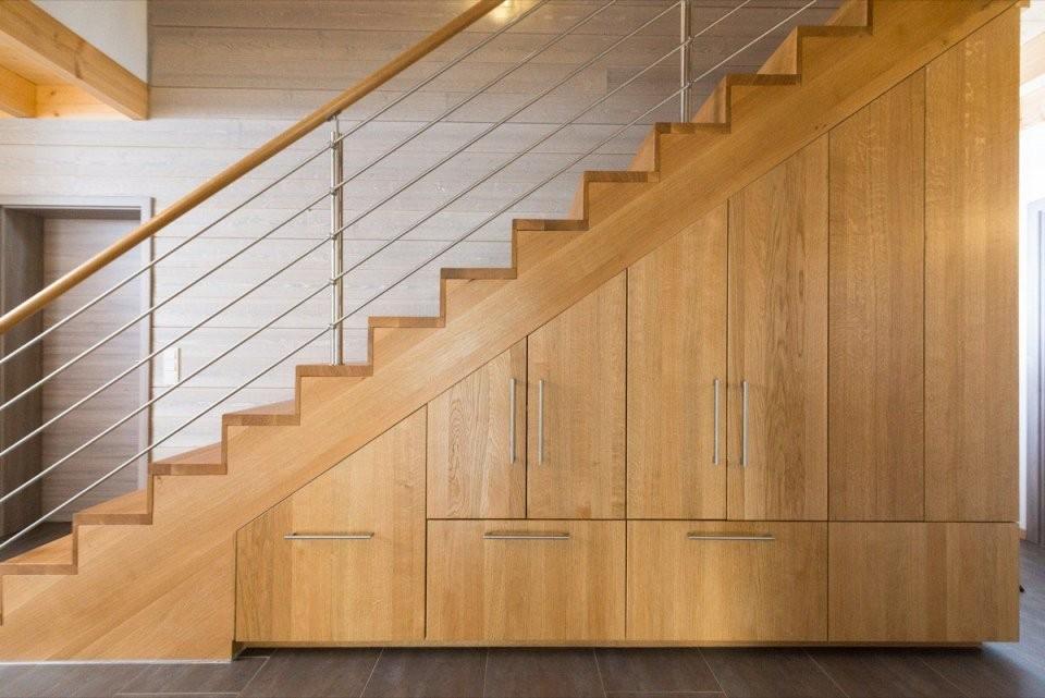 Schrank Unter Treppe Preis Treppen Kaufen Perfect Aus Polen With von Treppen Kaufen In Polen Bild