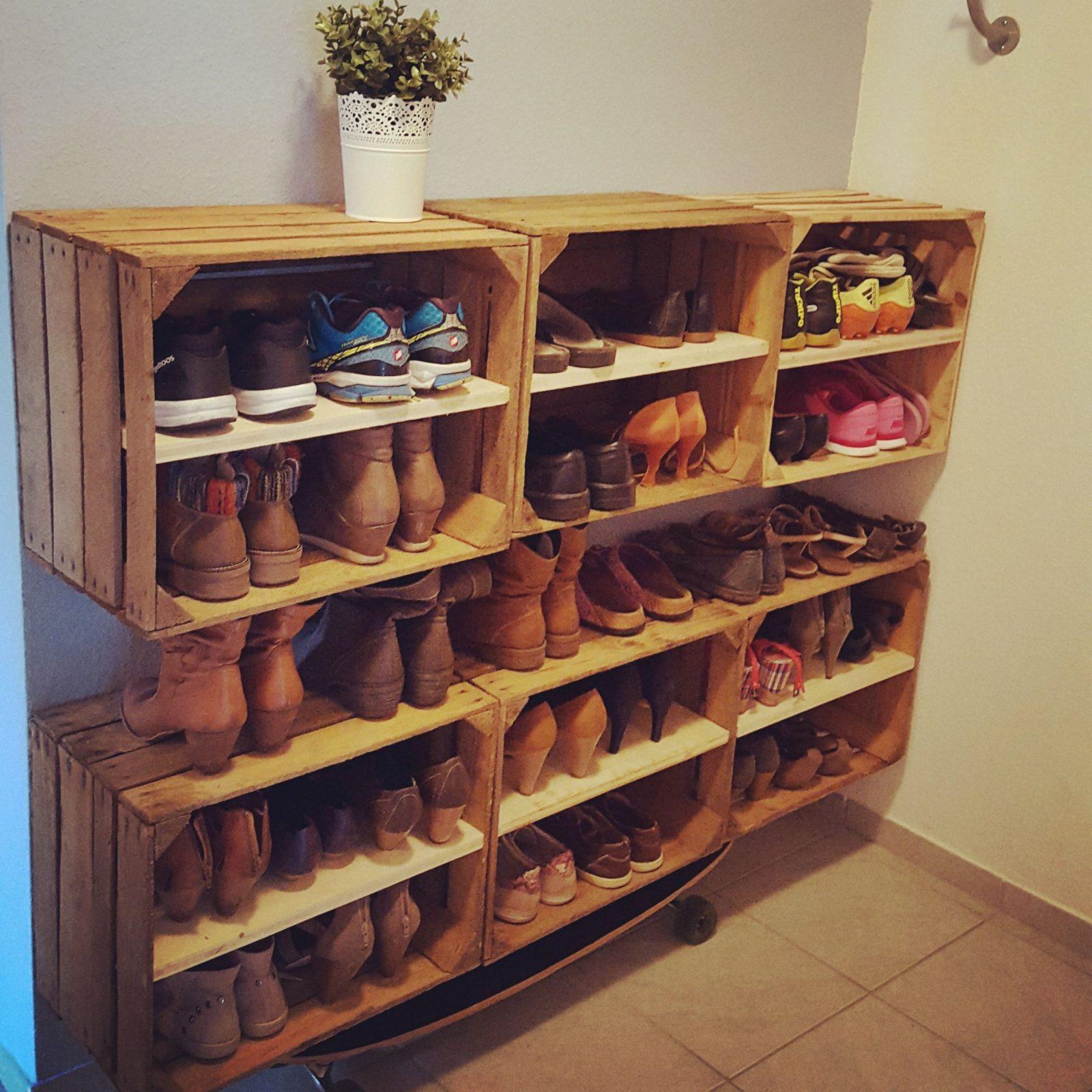 Schuhregal Aus Apfelkisten Shoes Schuhregal Weinkisten Vintage von Schuhschrank Selber Bauen Weinkisten Bild