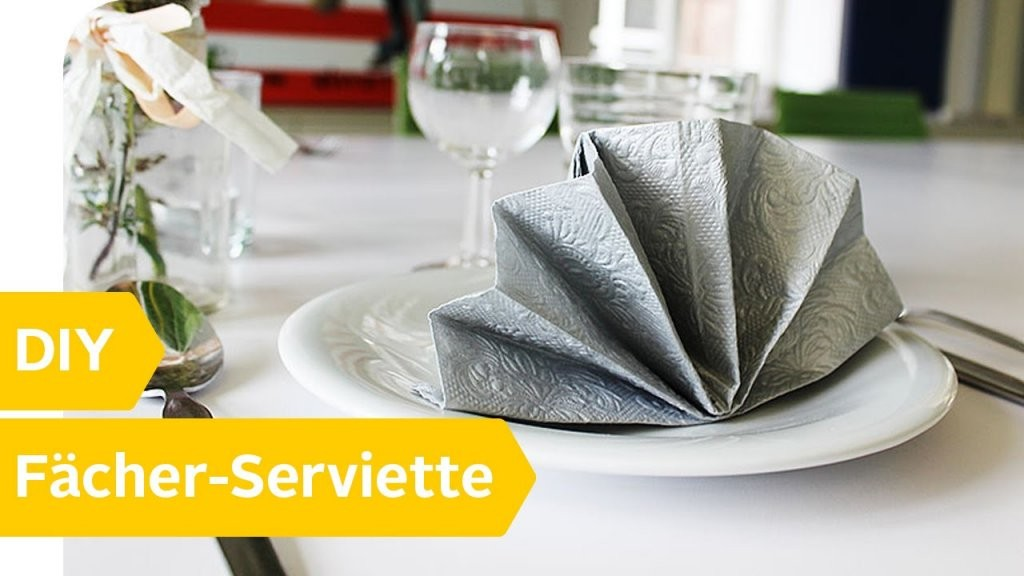Servietten Falten  15 Anleitungen Und Videos  Otto von Servietten Falten Hochzeit Anleitung Bild