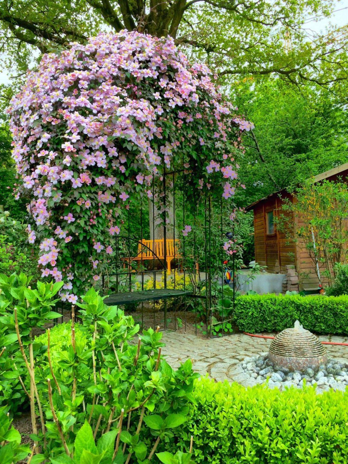 Sitzecke Garten • Bilder  Ideen • Couch von Sitzecken Im Garten Bilder Photo