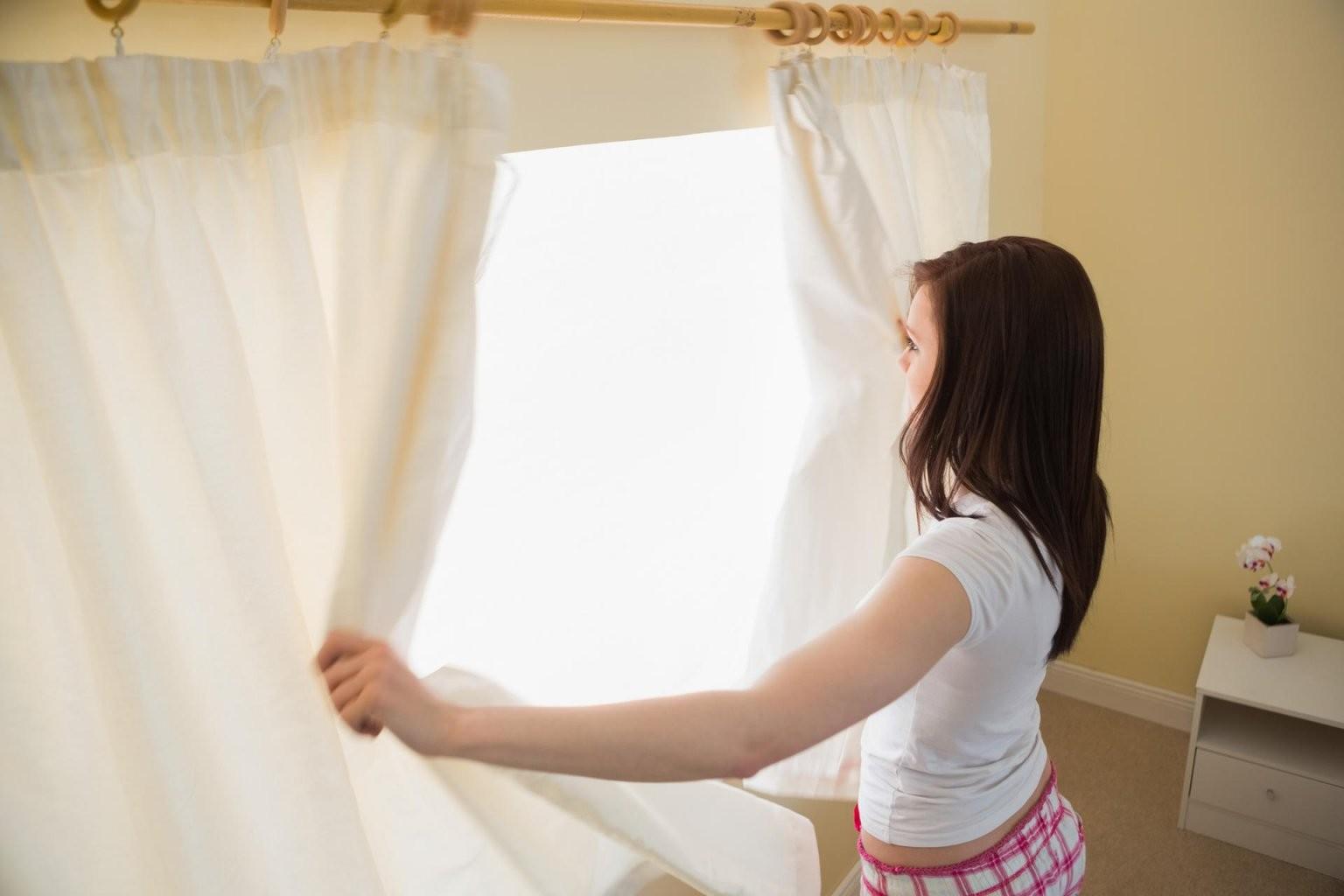 So Waschen Und Pflegen Sie Ihre Gardinen Richtig von Gardinen Waschen Welches Programm Bild