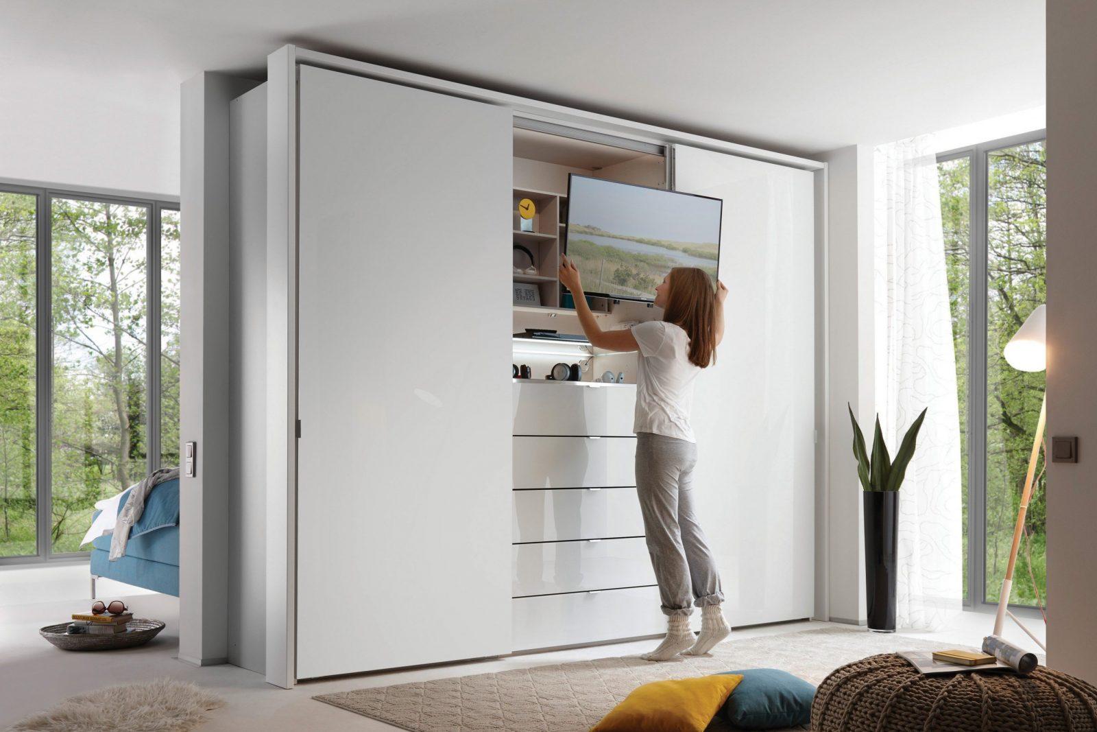 Staud Media Kleiderschrank Alpinweißglas  Möbel Letz  Ihr Onlineshop von Kleiderschrank Mit Tv Fach Bild
