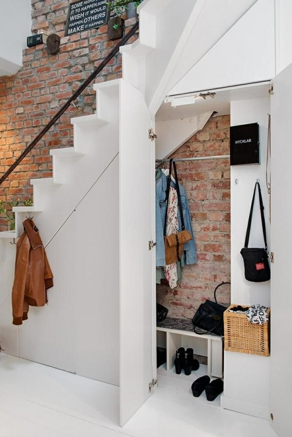 Stauraum Idee Für Den Flur  Treppe Zum Boden  Stair Storage von Stauraum Unter Offener Treppe Photo
