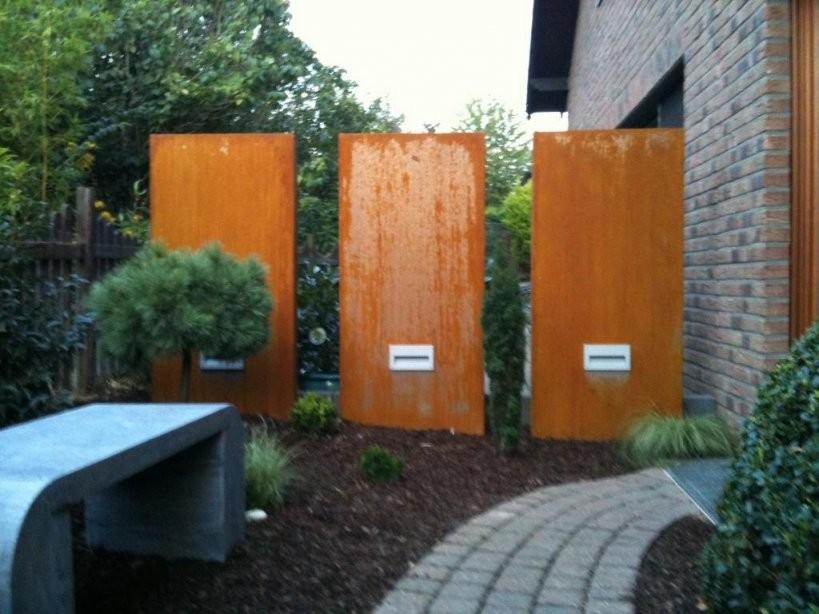 Stele Und Sichtschutz  Metall  Rostfrei  Metallmoebel24 von Sichtschutz Garten Metall Rost Bild