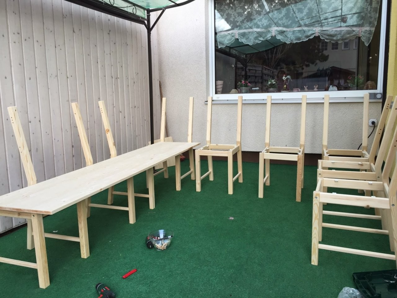 Stickuhlinchen Diy Ikea Hack  Aus 8 Stühlen Wird Eine Große von Eckbank Selber Bauen Ikea Photo