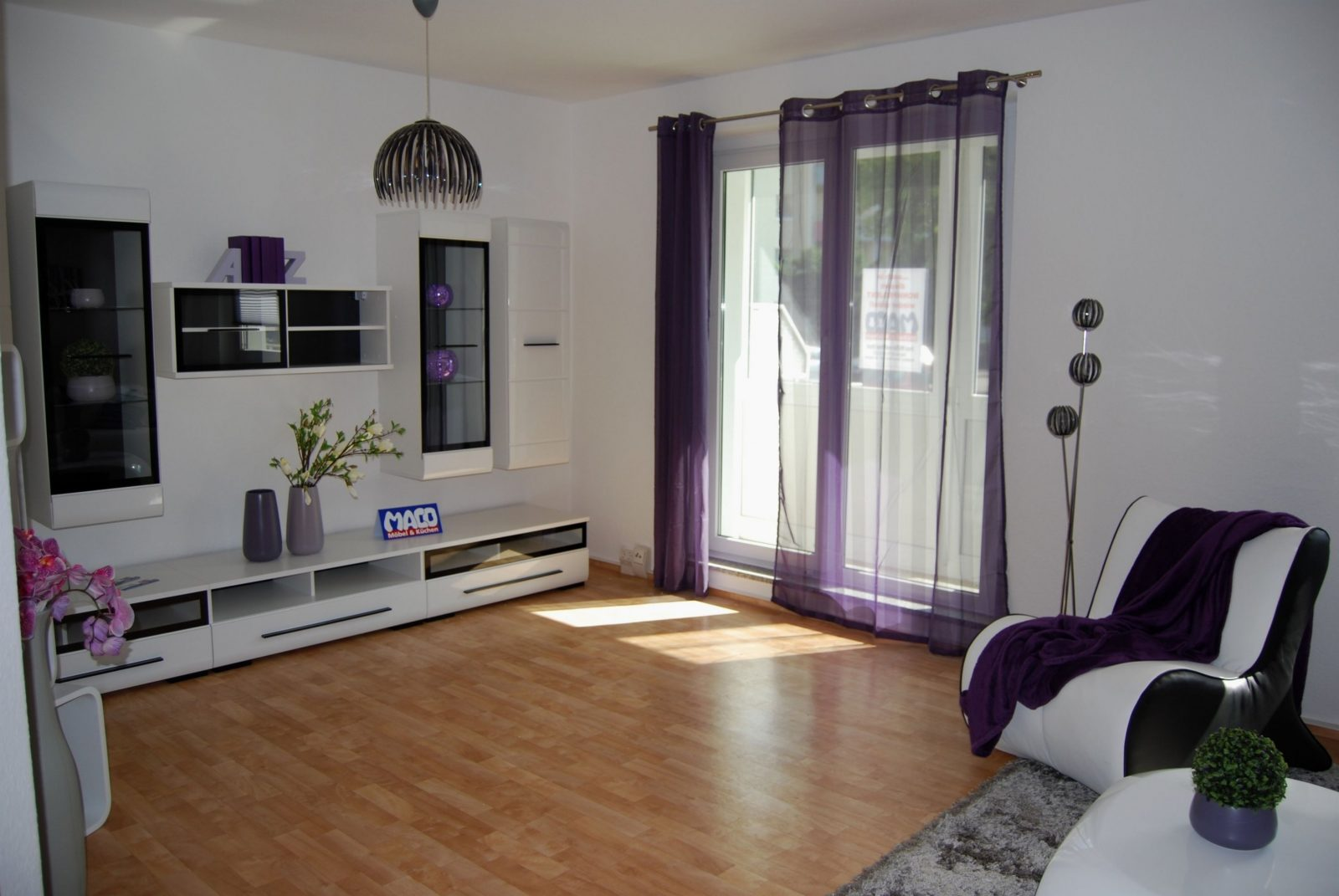 Stilvoll Wohnzimmer 16 Qm Einrichten  Wohnzimmer Boden  Living von 13 Qm Zimmer Einrichten Photo