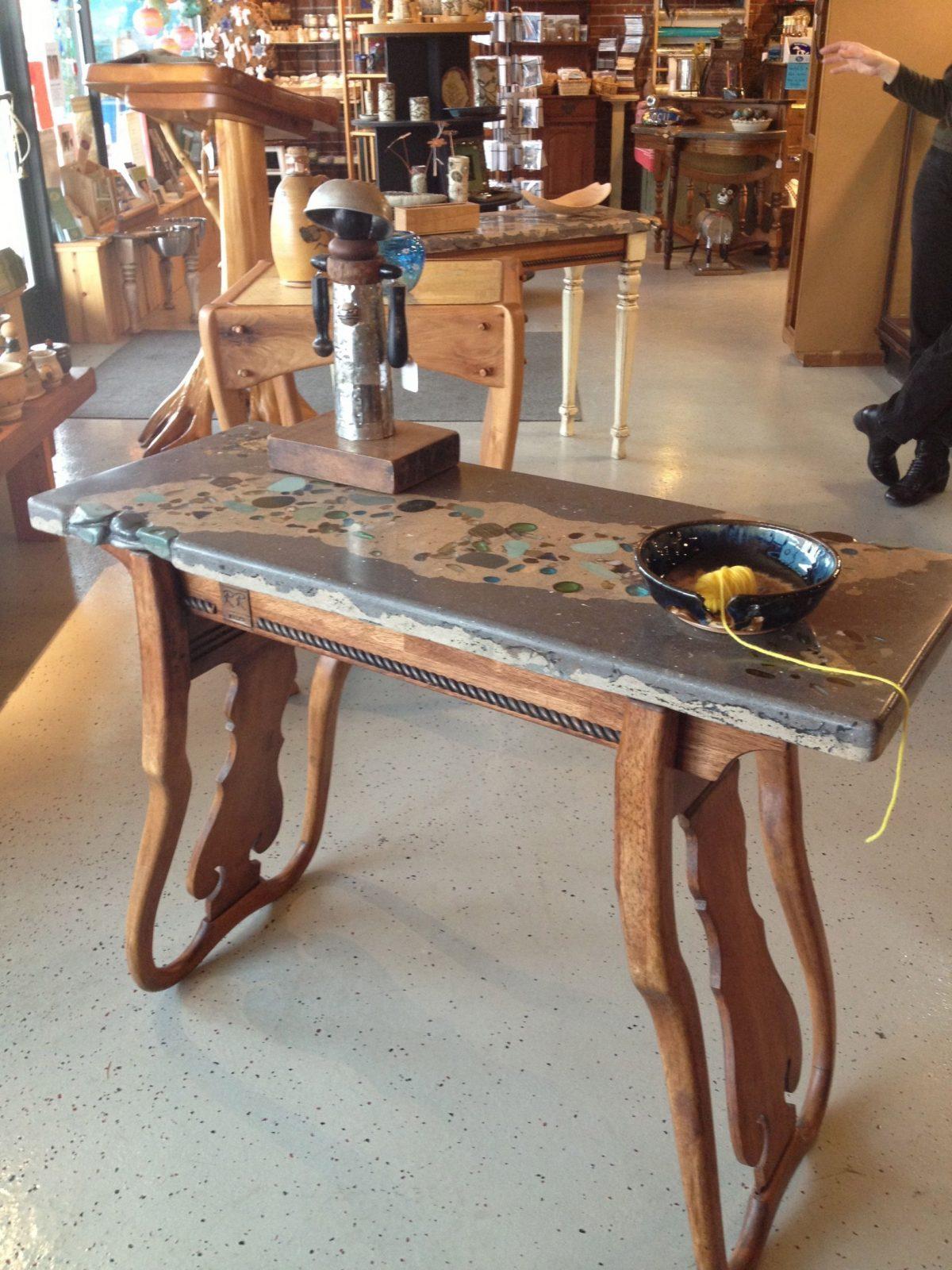 Stühle Als Tisch  Aus Alt Mach Neu  Reciclaje Muebles Muebles von Alten Tisch Neu Gestalten Bild