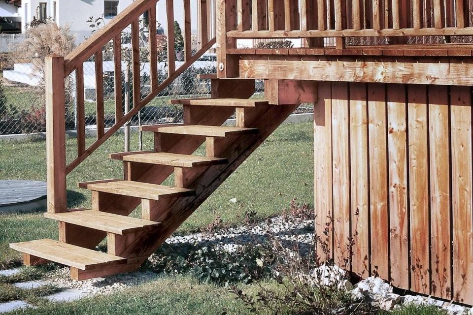 Terrassentreppe Bauen  Anleitung Von Hornbach von Außentreppe Holz Selber Bauen Photo