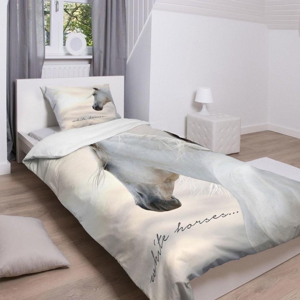 Traumschlaf Bettwäsche White Horses  Tierbettwäsche  Bed Und Horses von Bettwäsche Fotodruck Tiere Photo