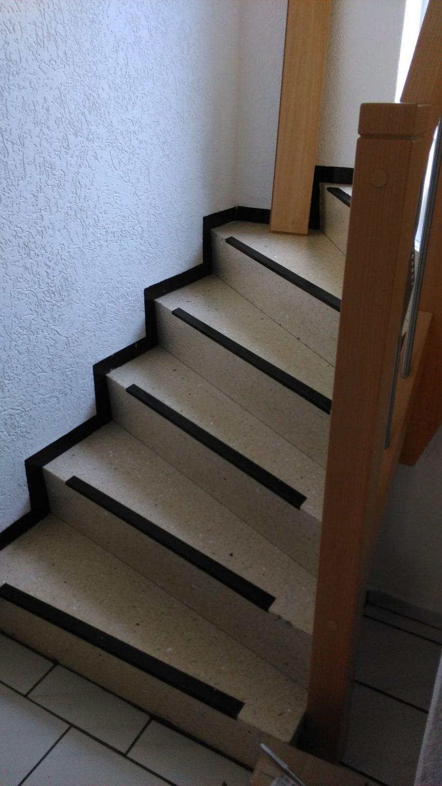 Treppe Altbau  Ctmbauelementes Webseite von Treppe Mit Vinyl Bekleben Photo