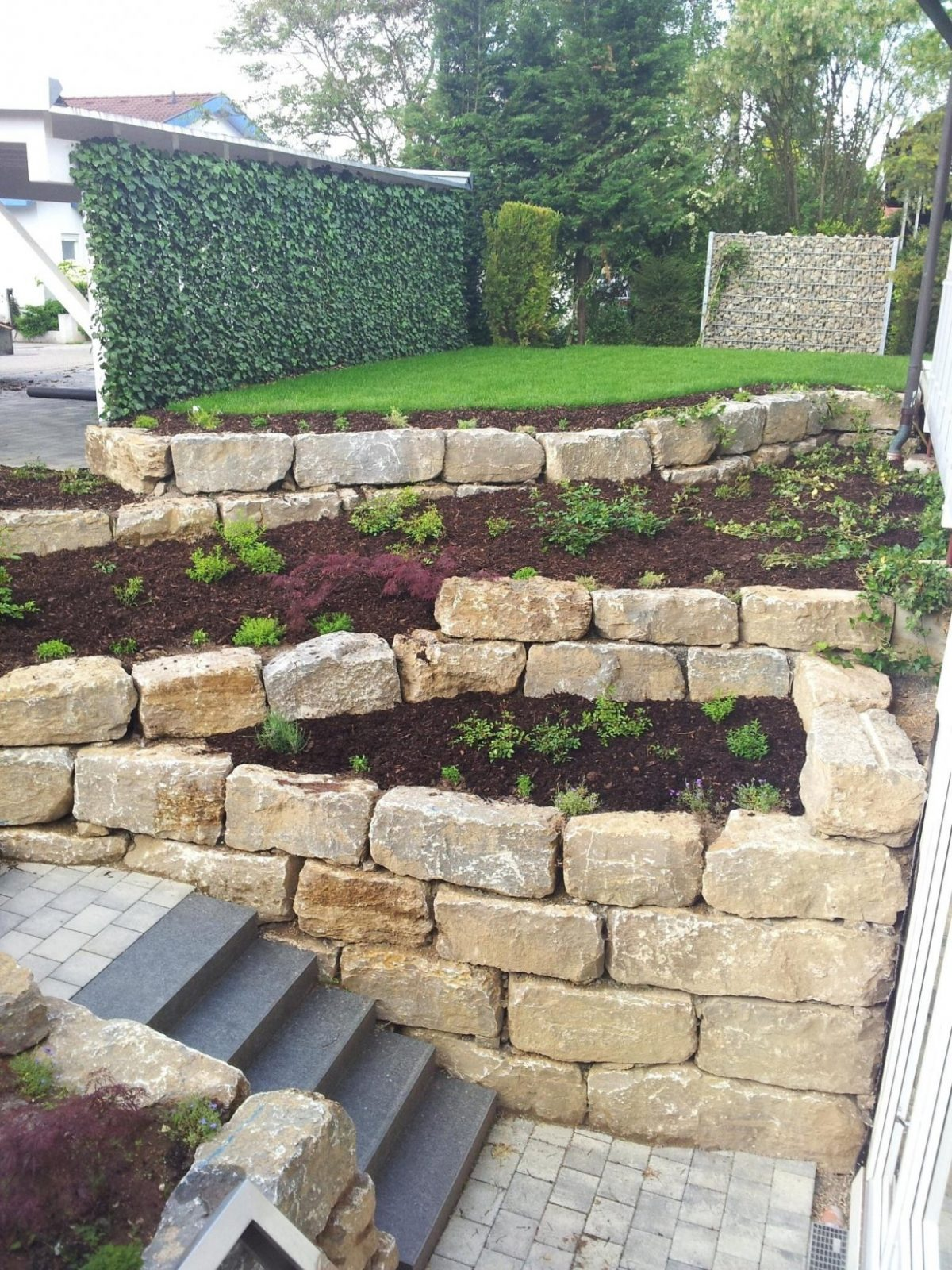 Treppe Im Garten Selbst Bauen Trendy Treppen Im Garten Zum Aus Zum von Treppe Im Garten Selbst Bauen Photo