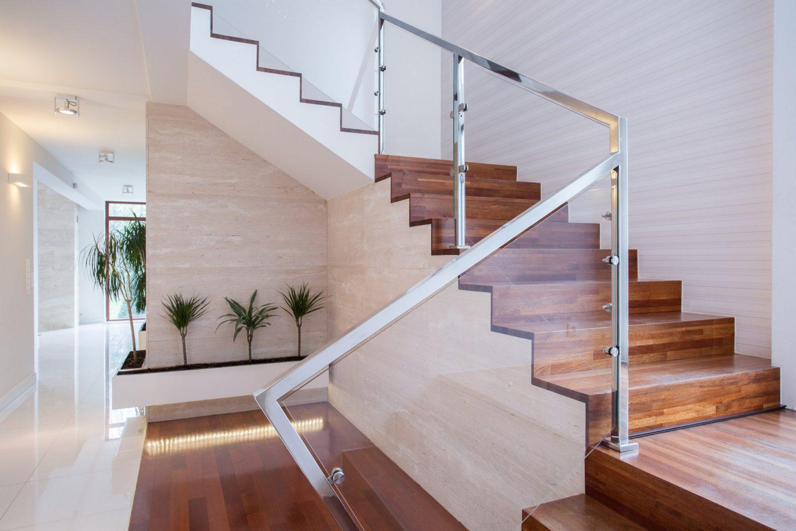 Treppenhausgestaltung Füers Einfamilienhaus 10 Ideen von Altes Treppenhaus Neu Gestalten Bild