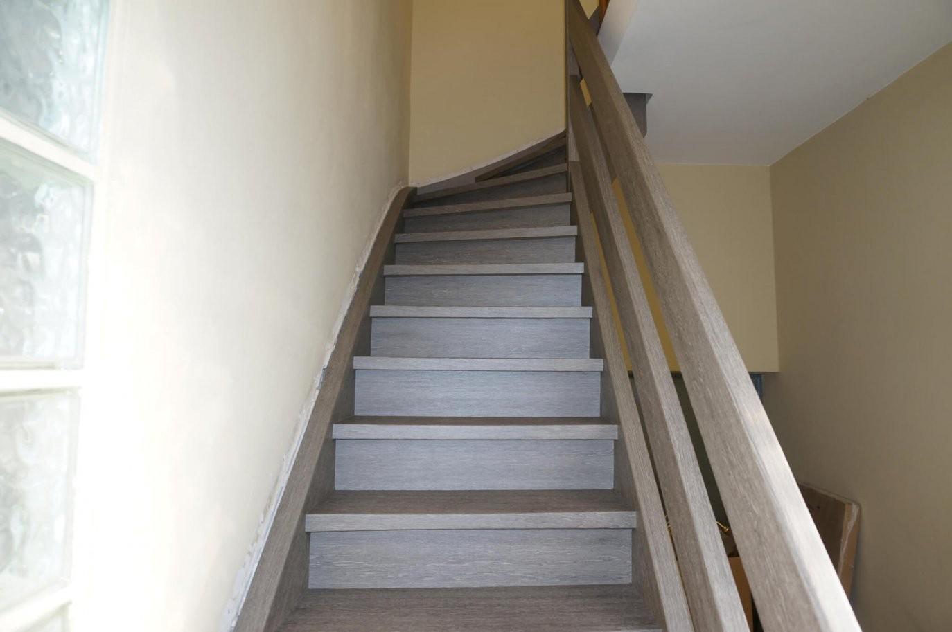 Treppenrenovierung Mit Klebefolie – Resimdo von Treppe Streichen Welche Farbe Photo