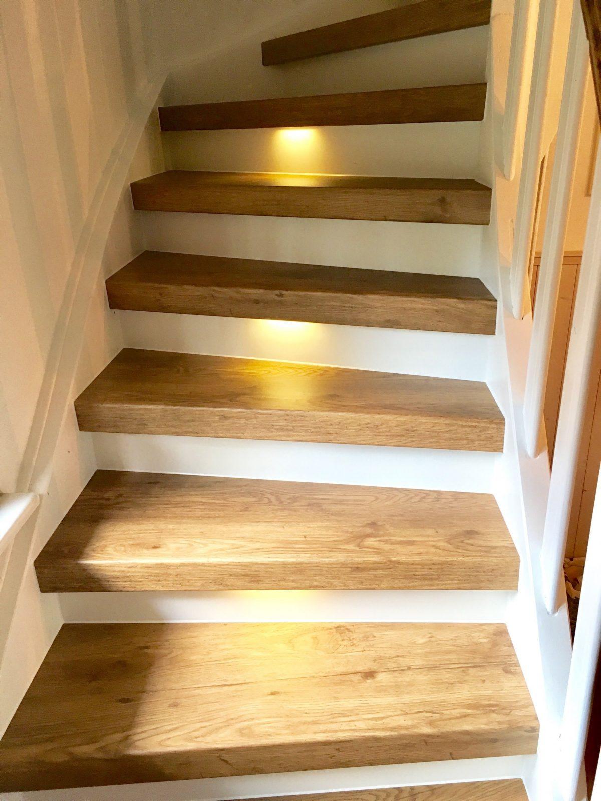 Treppenrenovierung Und Treppensanierung Von Vinylstufen Vinyltreppen von Altes Treppenhaus Neu Gestalten Bild