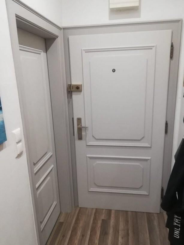 Türen Streichen Mit Kreidefarbe  Misspompadour von Türen Lackieren Ohne Schleifen Photo