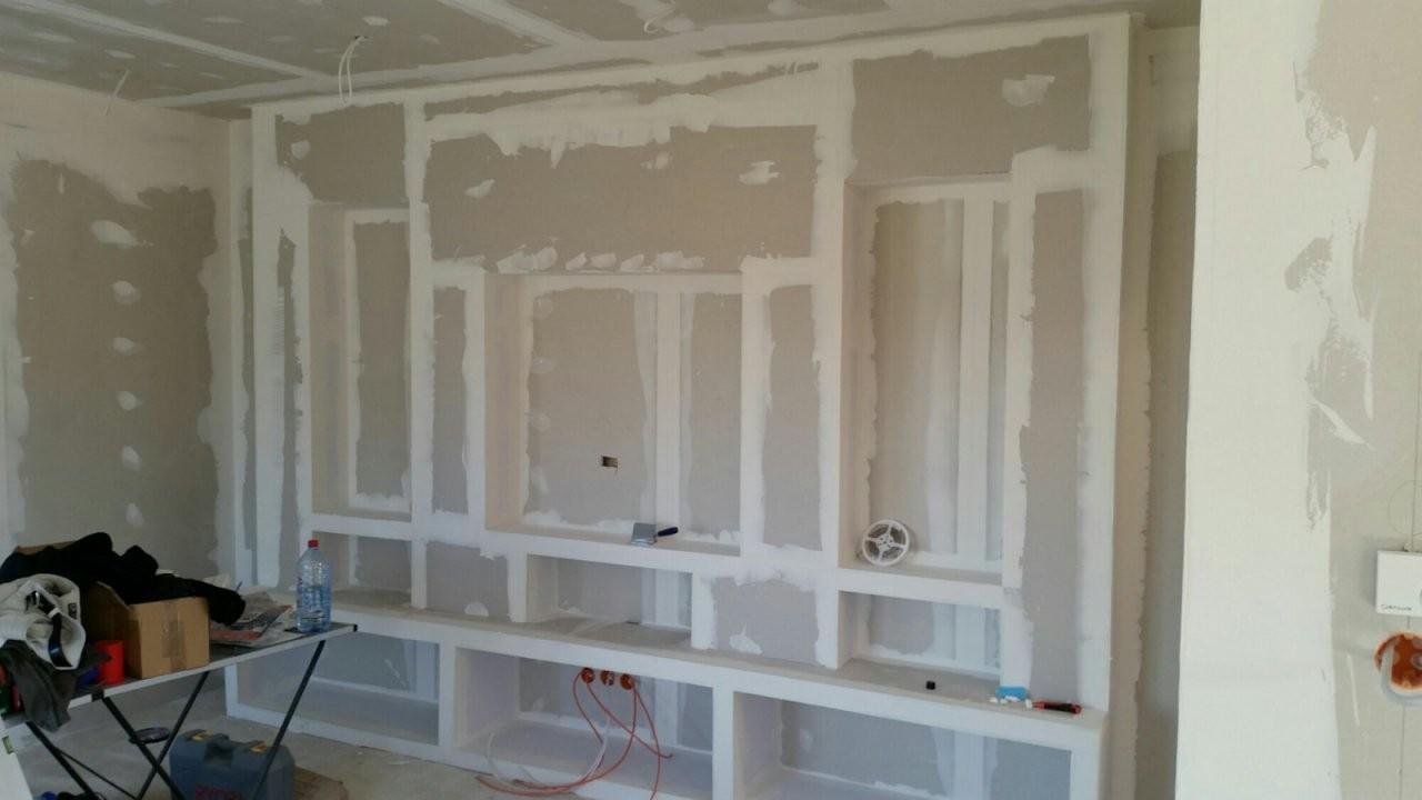Tv Wand Selber Bauen Material Branché Steinwand Wohnzimmer Fernseher von Fernseher Wand Selber Bauen Photo