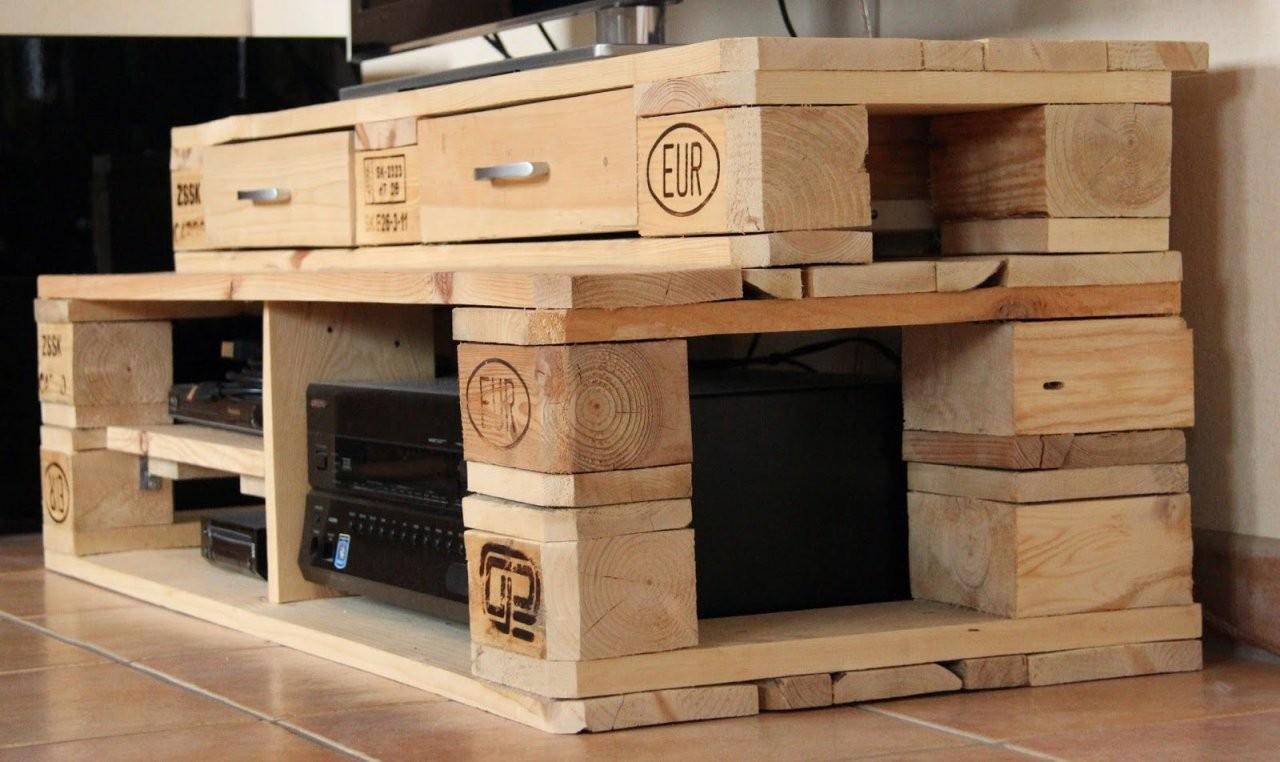 Tvboard Aus Europalette  Tv Rack Made Of Euro Pallet  Upcycling von Tv Bank Aus Paletten Bild