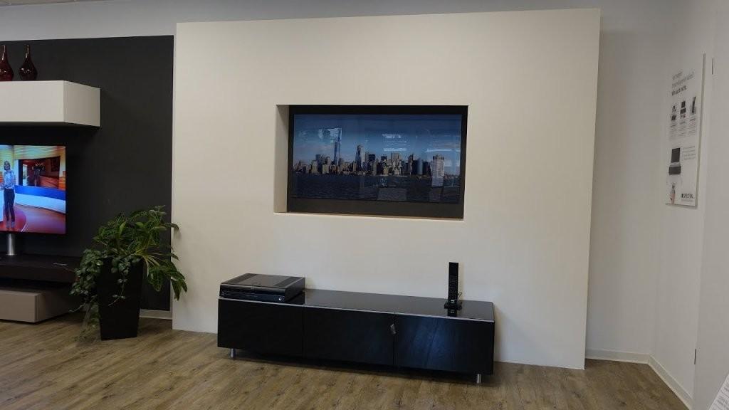 Unsichtbare Lautsprecher Versteckter Fernseher  So Machen Wir Das von Fernseher Im Wohnzimmer Verstecken Photo