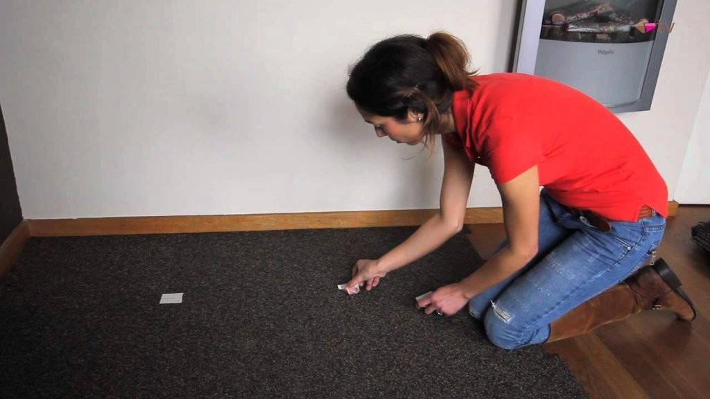 Unterboden Für Selbstklebend Vinyl Verlegen (Vloors Stick)  Youtube von Vinyl Laminat Selbstklebend Verlegen Bild