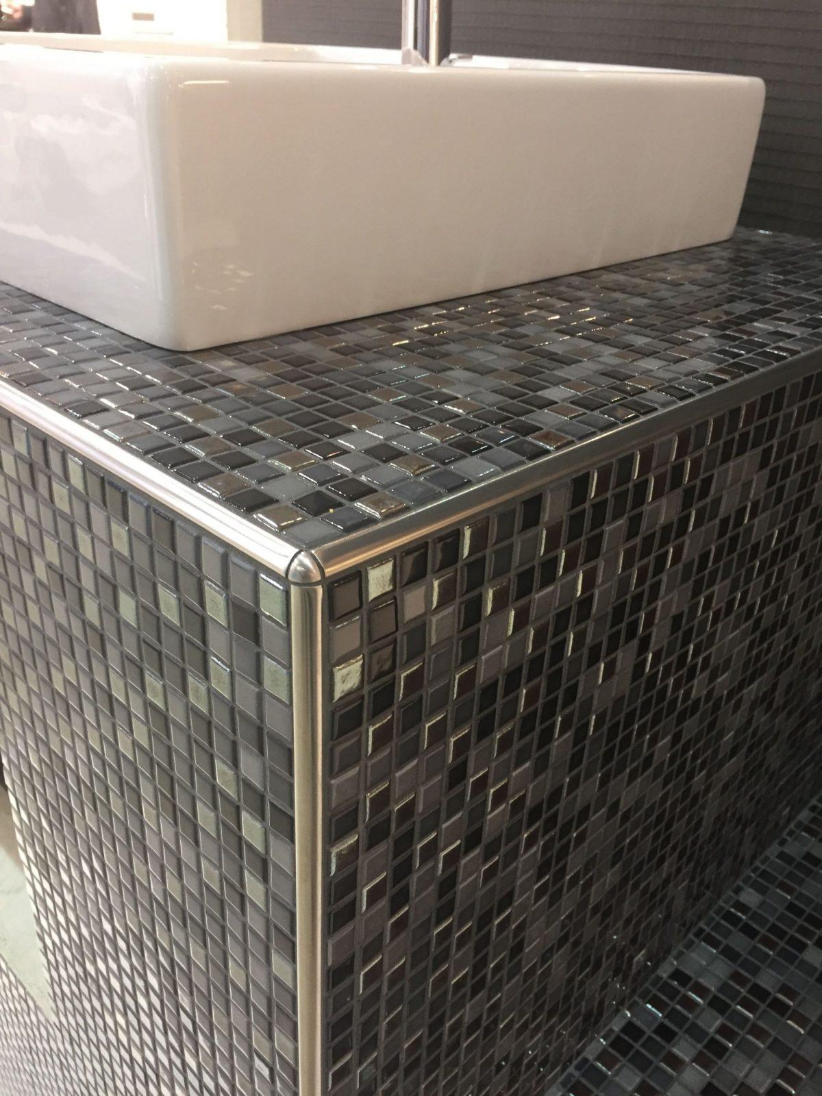 Unterkonstruktion Waschtisch Aus Wedi Bauplatten Mosaik Fliesen von Waschtisch Selber Bauen Bauplatten Photo