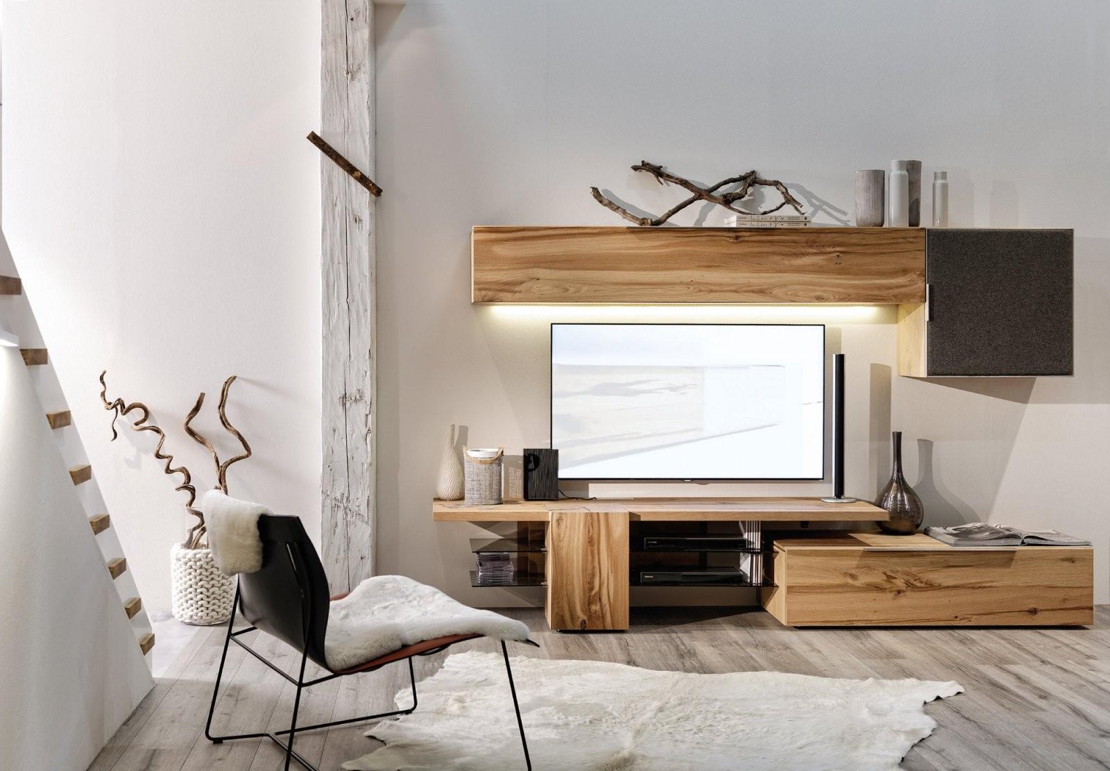 Valpin – Wohnzimmernaturholzmöbel In Eiche Altholz von Voglauer V Alpin Essgruppe Bild